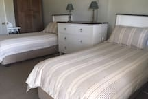 Third bedroom - 2 single beds, electric blankets