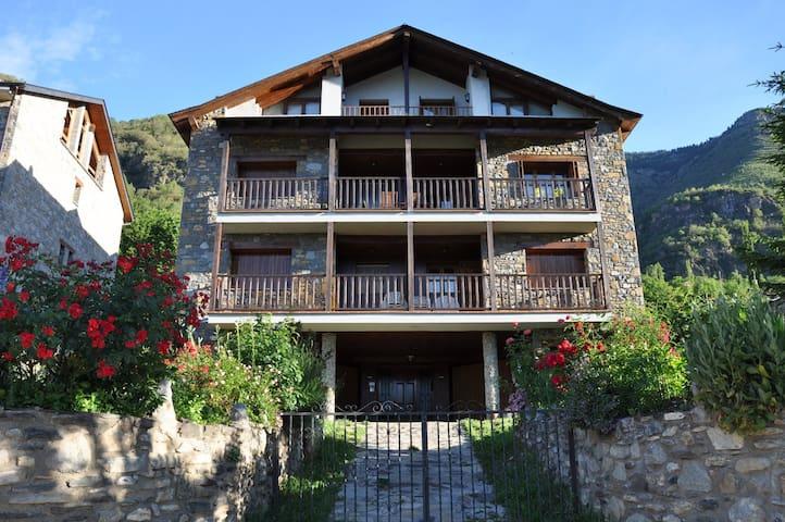 "Apartamento en Sahún ""Casa Juan Manuel"" - Sahun - Appartement"