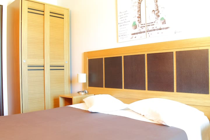 BED AND BREKFAST TERRE IBLEE RESORT - Chiaramonte Gulfi - B&B/民宿/ペンション