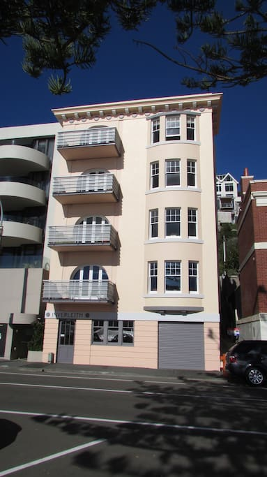 Oriental Bay's Historic first Apartment Building
