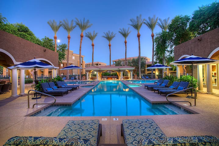 3 Bedroom Villa At Tpc Scottsdale Apartments For Rent In Scottsdale Arizona United States