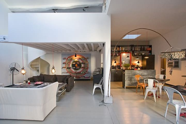 Arty triplex close to Le Marais   - Paris - Hus