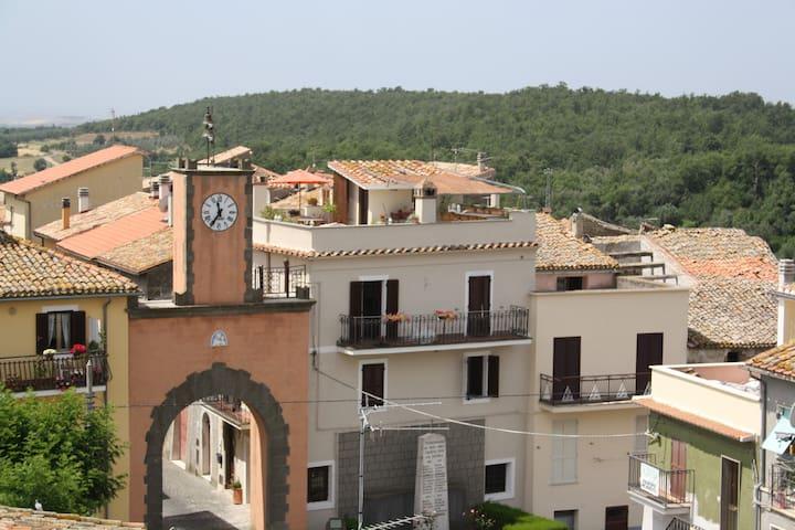 Beautiful townhouse near Tuscany  - Tessennano - 一軒家