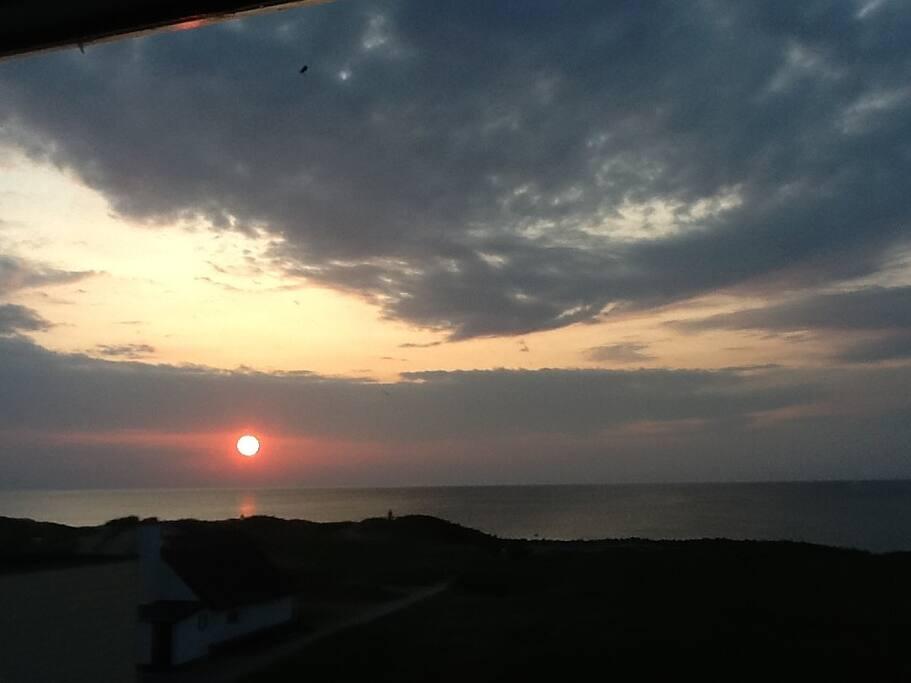Solnedgang set fra stuen