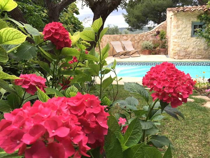 Maison charme avec piscine près d'Aix-en-Provence
