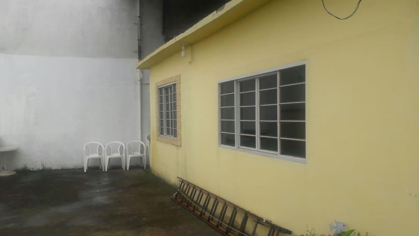 Casa compartilhada - São João de Meriti - Talo