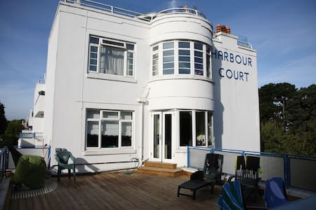 HARBOUR COURT, SANDBANKS, POOLE - Apartemen
