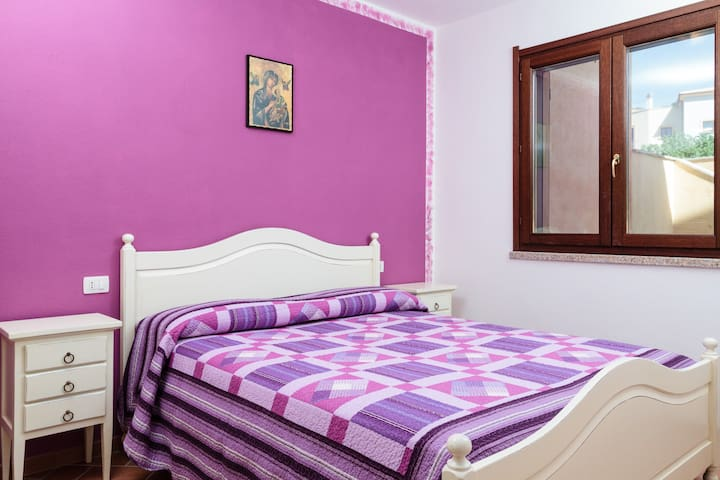 NEW CHEAP COMFY FLAT 5MIN FROM SEA