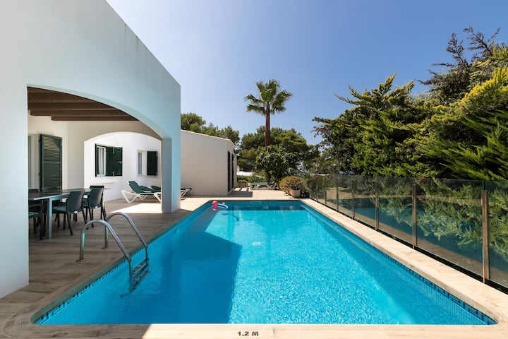 "Comfortable Holiday Home ""Villa Los Remos"" with Garden, Terraces, Pool, Wi-Fi, Air Conditioning & SAT-TV; Parking Available"