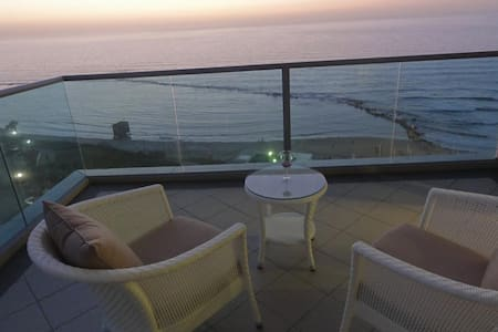 Fabulous sea view south Tel Aviv - Bat Yam - Apartamento