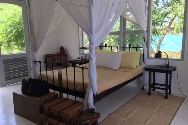 The gentleman's bedroom @ Balai LaHi