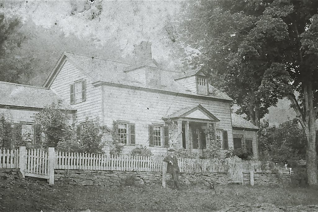 Original photo of the house Circa 1888