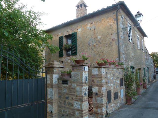 Iesa, Palazzo, Tuscany - Palazzo - House