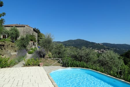 Romantic old Tuscan stone house - Castelvecchio