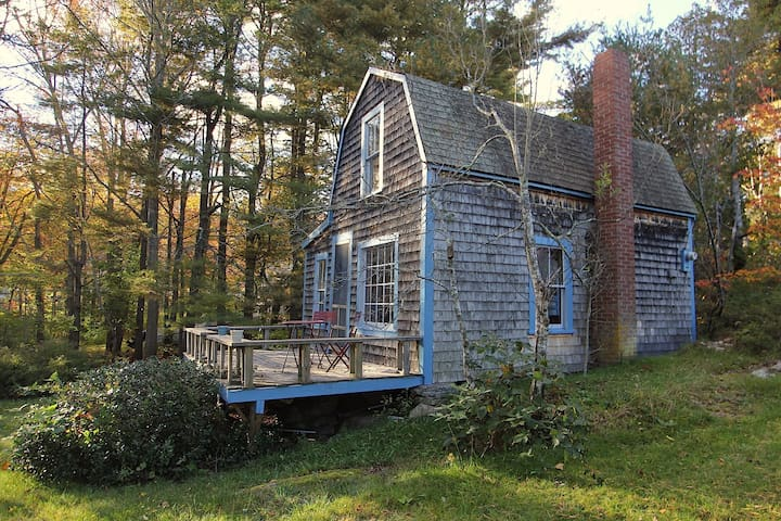 Historic cottage with ocean views - Harpswell - Hus