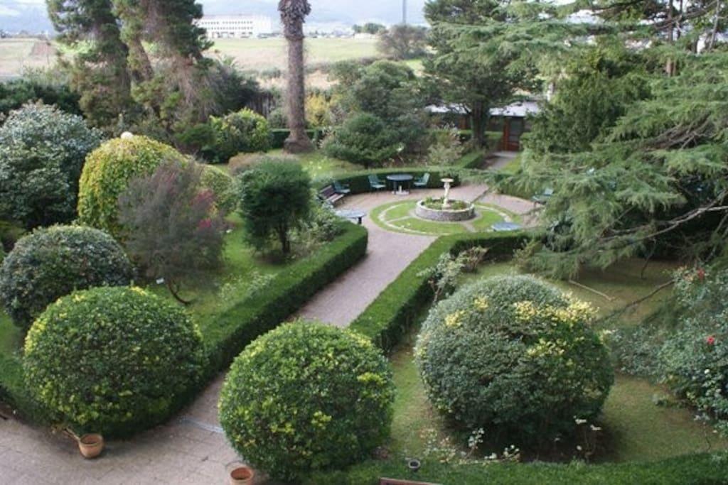 Garden. One part.