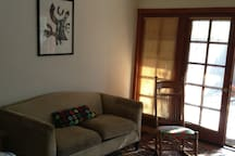 sofa/living area