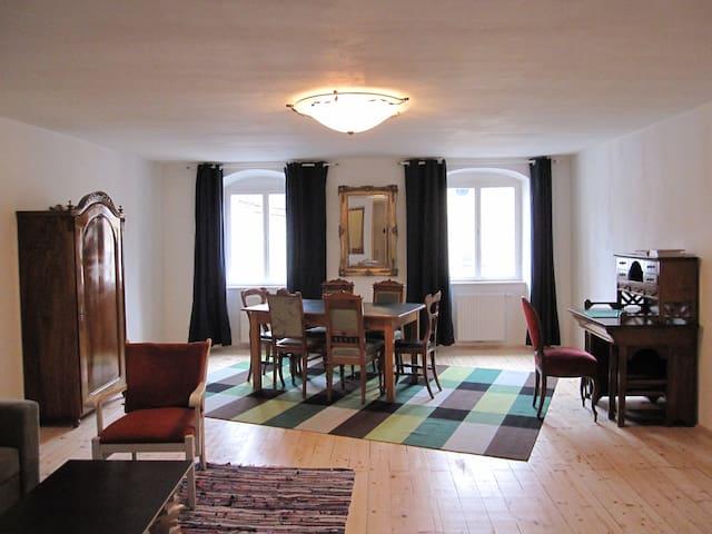 Wunderschön wohnen am Goldenen Dachl,Altstadt,Apt1