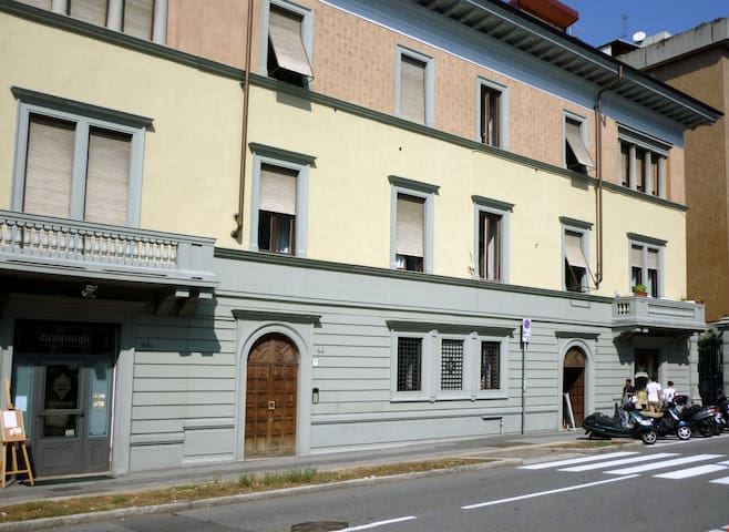 Repepo's B&B big room - Bergamo - Huoneisto