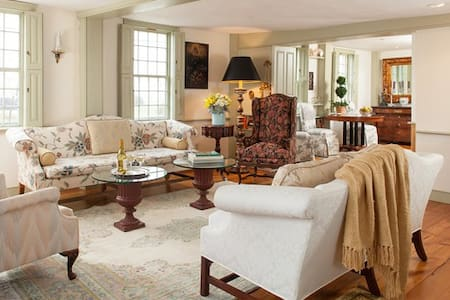 Book a room in a Boutique, luxury   B&B