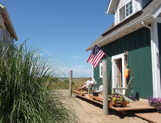 Beachfront Dream Cottage, you won't want to leave!