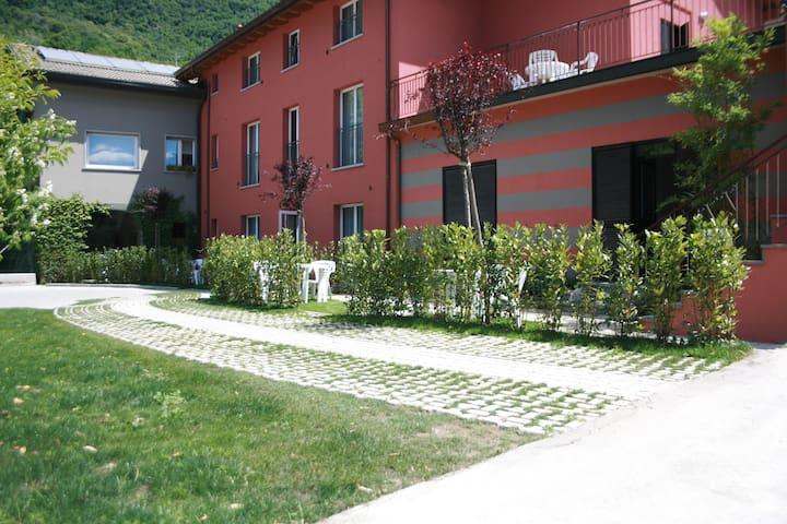 RESIDENZA XX SETTEMBRE MONOLOCALE STANDARD - Maslianico - Apartament