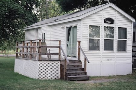 Deluxe Vacation Cottage in Delta - Isleton - Kabin