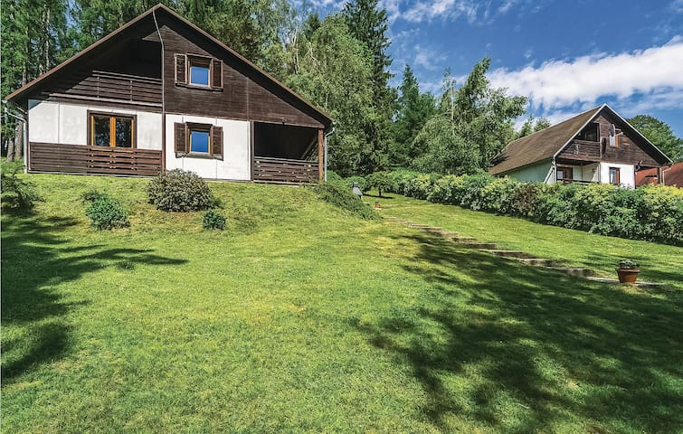 Holiday cottage with 3 bedrooms on 61m² in Krásná Lípa