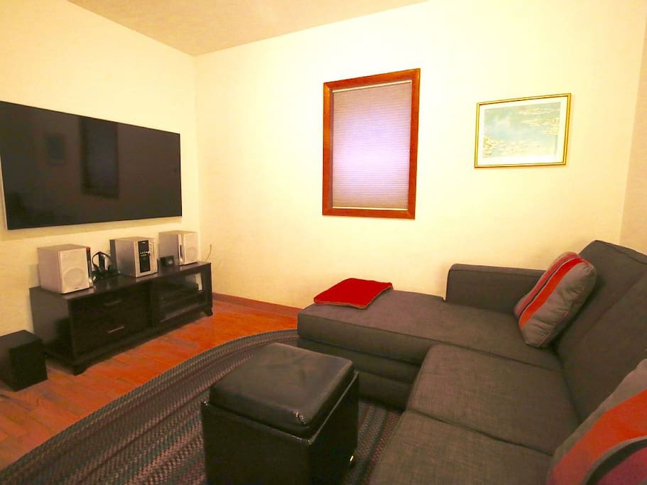 The multi-use bedroom/den downstairs has Netflix and a 3D TV/player with satellite programming at your command!