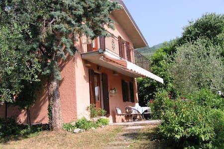 Gorgeous villa- lake garda-gargnano - Gargnano - Villa