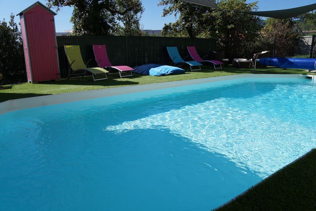 Chambres en bnb dans une agr able villa piscine villas - Piscine originale sims clermont ferrand ...