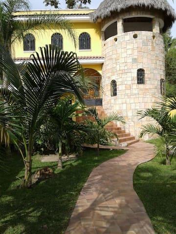 BEAUTIFUL HOUSE 'Casa de las palmas'