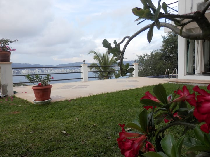 Mairim Casa Acapulco