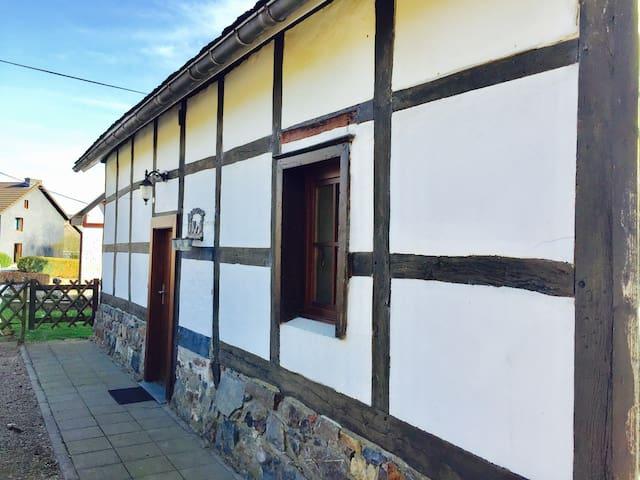"""""""La petite maison du Château"""" - Stavelot"""