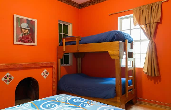 Triple Room, near Plaza Foch