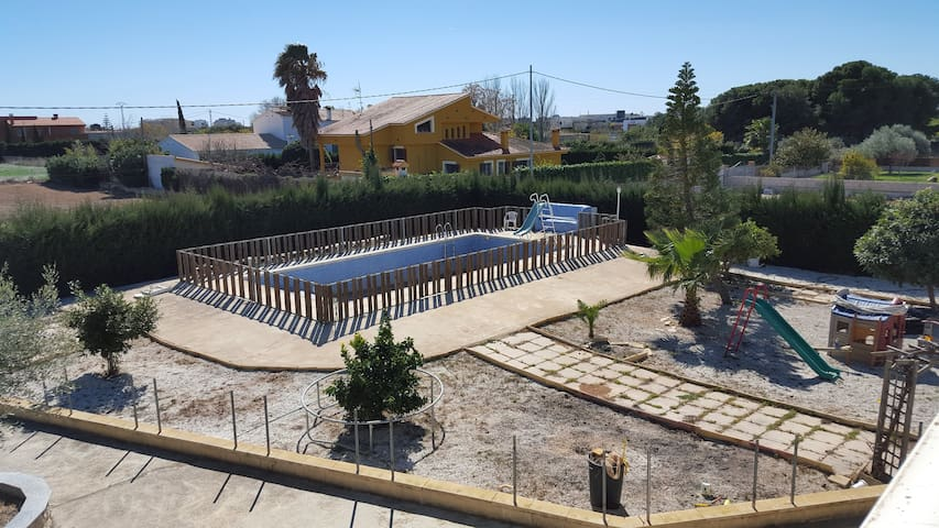 House with pool 2 km from the beach - Benicarló