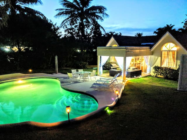 Sosua Casa Linda - Authentic Luxury Villa.
