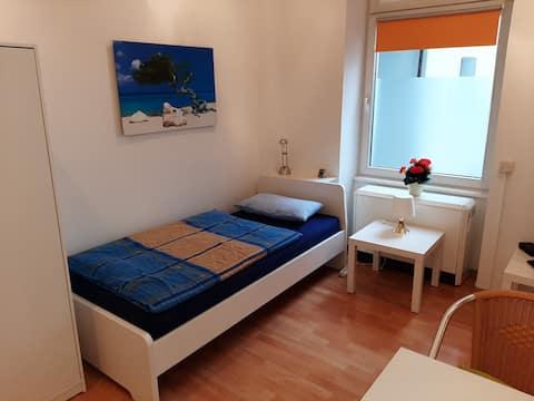 1-Zimmer-Apartment in Düsseldorf-Unterbilk, EG