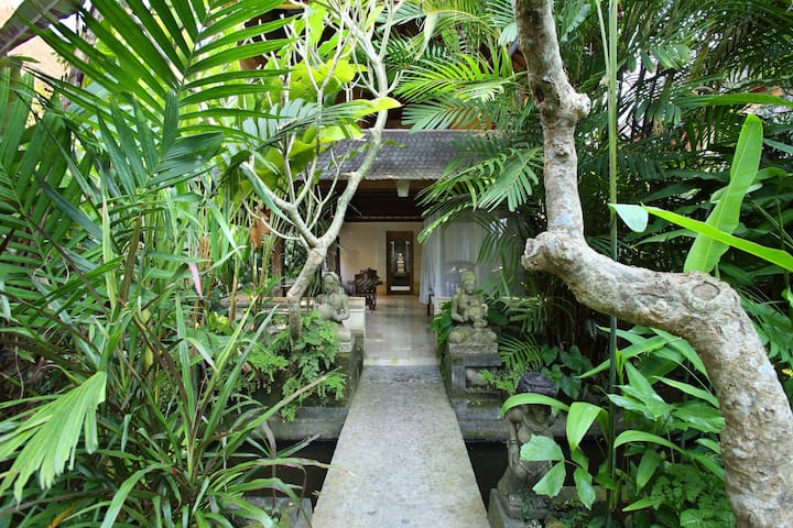 A Bali-chic oasis in the centre of town