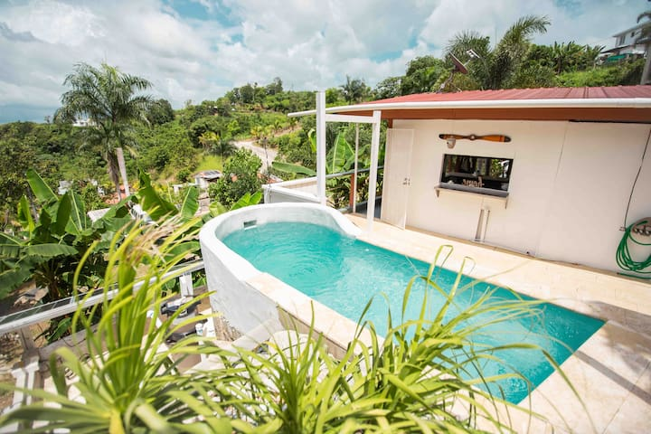 H01 Private Pool + outdoor kitchen! Nature Lovers