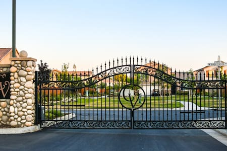 Luxurious Gated Community Living - Hanford