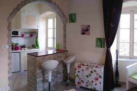 Rent charming studio in Corsica