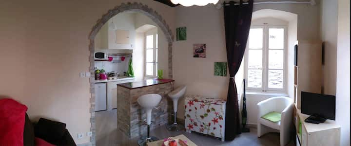 Rent charming studio in Corsica