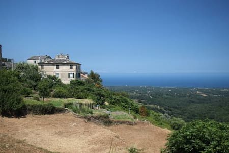 Rent charming studio in Corsica - Apartment