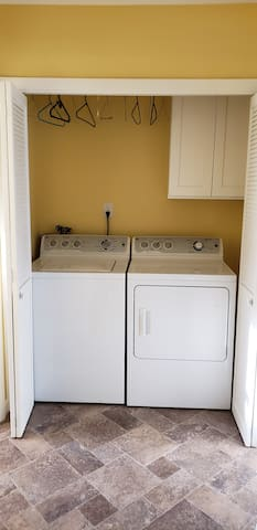 Laundry (1st FLR) - Washer/Dryer with Tide Pods and Bounce Sheets for your use.