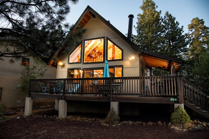 Munds Park Mountain Retreat Chalet/Cabin