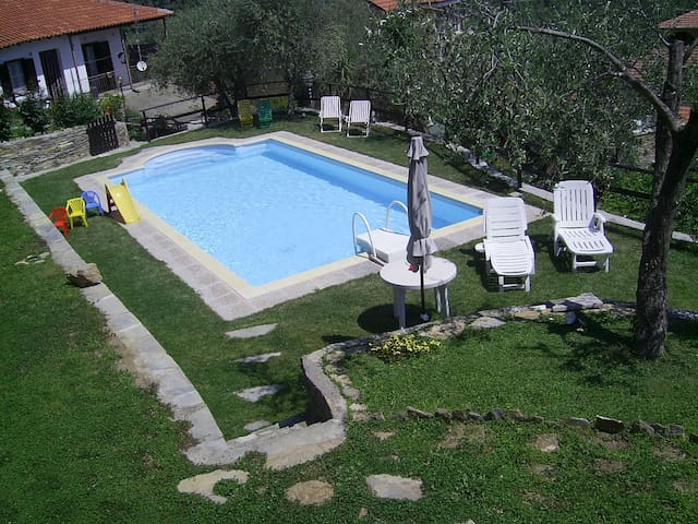 detached house of old stones, new pool - Lecchiore