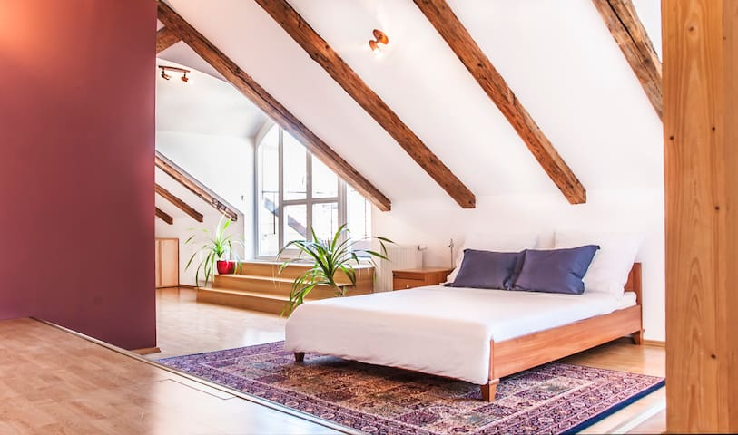 OLD TOWN ATTIC LOFT WITH TERRACES - Prague - Apartment