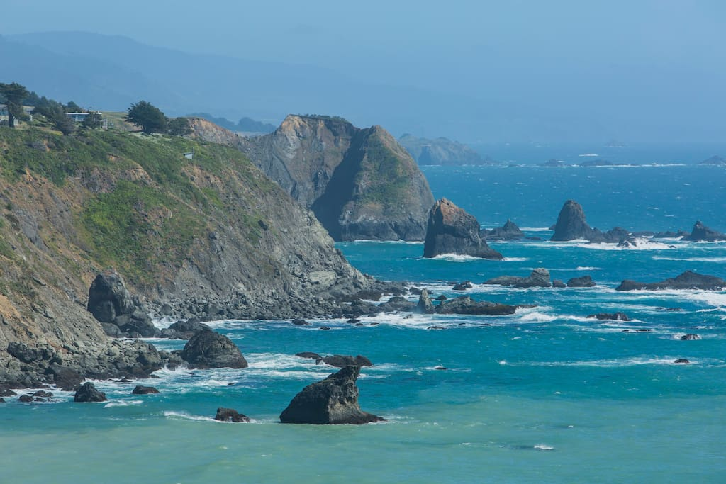 You will marvel at the beauty of the rugged Northern California coastline from your home as you listen to and watch the waves break along the beach below.