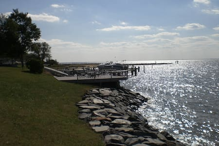 Waterfront home: Chesapeake Island - Stevensville